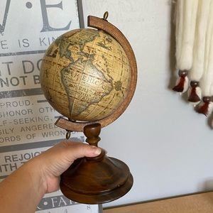 Vintage made in Italy globe